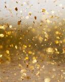 Złoty abstrakcjonistyczny ruchu i plamy tło Zdjęcia Royalty Free