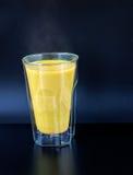 Złoty mleko Fotografia Royalty Free