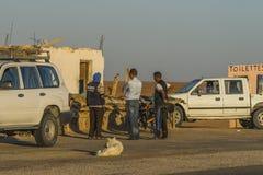 Zout meer in de Sahara tunesië royalty-vrije stock afbeeldingen