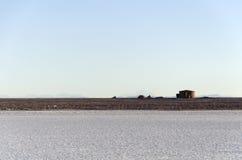 Zoute lagune met huis San Pedro de Atacama royalty-vrije stock foto's