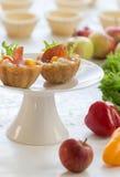 Zoute tartlets met pepperoni Royalty-vrije Stock Fotografie