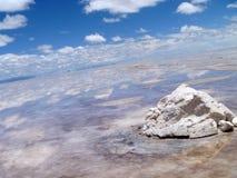 Zoute vlakten (Salar de Uyuni), Bolivië Royalty-vrije Stock Foto