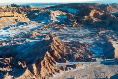 Zoute vormingen bij Valle DE La Luna, Atacama-Woestijn, Chili stock foto's