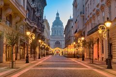 Zrínyi street, St. Stephen`s Basilica in Budapest stock image