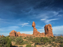 Zrównoważony Rockowy Szeroki widok Zdjęcia Stock
