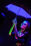 Zredukowany bodyart z blacklight zdjęcie royalty free