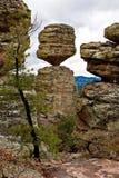 zrównoważone skały Fotografia Stock