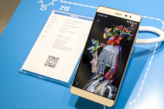 ZTE AXON MAX - MOBILE WORLD CONGRESS 2016 Stock Photos