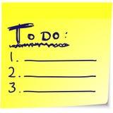 Zu Liste auf gelbem klebrigem Briefpapier tun Stockfoto