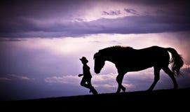 Zu mit Pferden laufen Lizenzfreies Stockfoto