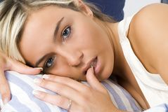 Zu schlafen oder nicht Stockfotos