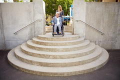 Zu viele Jobstepps für Rollstuhlbenutzer Lizenzfreies Stockbild