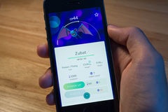 Zubat было уловлено в Pokemon идет Стоковая Фотография