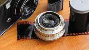 Zubehör von den alten Filmkameras Lizenzfreies Stockbild