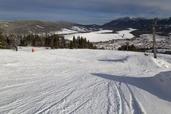 Zuberec滑雪胜地;西Tatras 斯洛伐克 33c 1月横向俄国温度ural冬天 免版税库存照片
