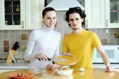 Zubereitung der vegetarischen Nahrung Stockbilder
