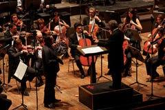 Zubin Mehta conduisant l'orchestre de soirée musicale de Maggio photographie stock libre de droits