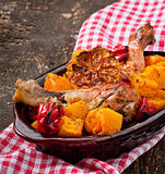 Zucca al forno con il pollo Fotografia Stock Libera da Diritti