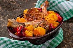 Zucca al forno con il pollo Fotografia Stock