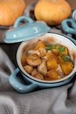 Zucca al forno in un vaso Fotografie Stock Libere da Diritti