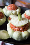 Zucca della pentola di Patty farcita con le verdure e la carne Fotografia Stock