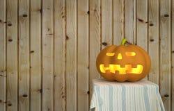 Zucca di Halloween con fondo di legno Fotografia Stock Libera da Diritti