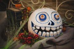 Zucca dipinta spaventosa bianca di Halloween Immagini Stock Libere da Diritti