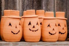 Zucche dell'argilla che stanno felici Fotografia Stock Libera da Diritti