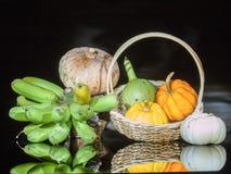 Zucche e banana Immagini Stock