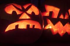 Zucche scolpite spaventose e spaventose di Halloween Fotografia Stock Libera da Diritti