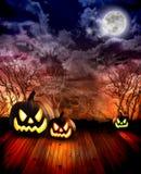 Zucche spaventose di Halloween alla notte Fotografia Stock Libera da Diritti