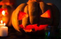 Zucche spaventose di Halloween con i fronti Fotografia Stock Libera da Diritti