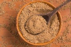 Zucchero bruno in una ciotola Fotografie Stock Libere da Diritti