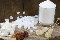 Zucchero su un tovagliolo del tessuto Immagine Stock Libera da Diritti
