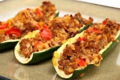 zucchini шлюпки стоковые фотографии rf