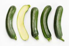 Zucchini auf Weiß Stockbild