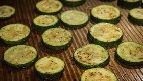 Zucchini cucinato sulla pentola fotografia stock libera da diritti