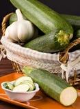 Zucchini e alho imagens de stock