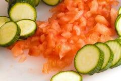 Zucchini e tomates   Fotografia de Stock