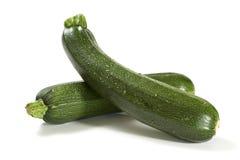 Zucchini fresco due isolato fotografie stock libere da diritti