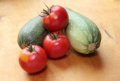 Zucchini och tomater Royaltyfria Foton