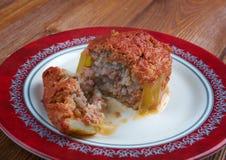 Zucchini som är välfylld med nötkött och ris Royaltyfria Foton
