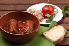 Zucchini som är välfylld med tonfisk Royaltyfria Bilder