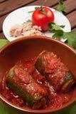 Zucchini som är välfylld med tonfisk Arkivbilder