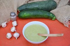 Zucchini soup. Healthy soup with zucchini and garlic Royalty Free Stock Photos