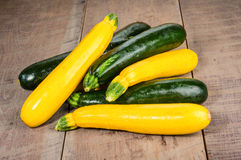 Zucchini and yellow squash on table Stock Photography