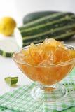 Zucchinimarmelade mit Zitrone Lizenzfreies Stockfoto
