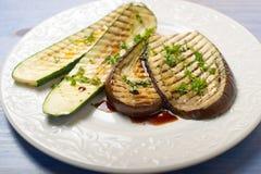 zucchinis зажженные баклажаном Стоковые Фото