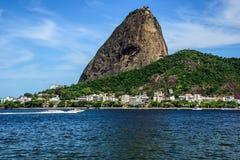 Zuckerhut-, Urca-Nachbarschaft und Botafogo bellen in Rio de Janeiro Stockfotografie