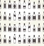 Zueco inconsútil de los bottels del alcohol - licor ilustración del vector